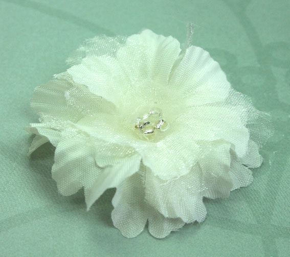 Primula 4.5cm Silk and Organza Flowers 12 pcs Ivory