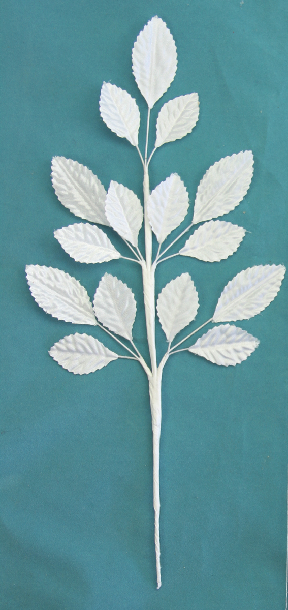 **NEW** 24cm Silk Leaf Spray White 12 pcs